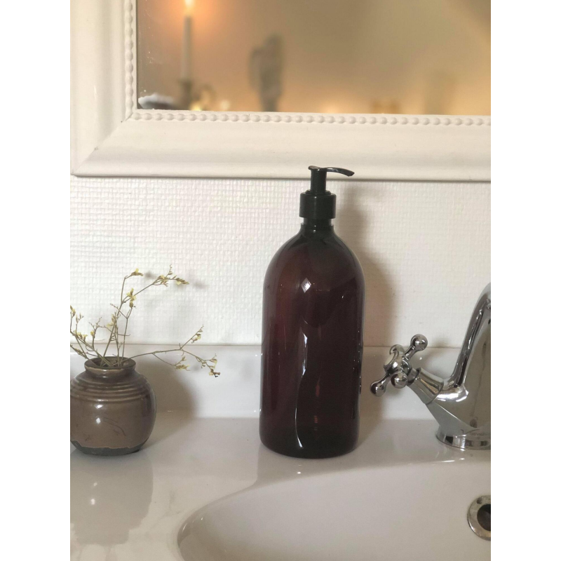 Brun apotekerflaske med pumpe - 1000 ml.