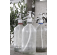 Gamle fransk sifoner i klar glas