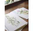 Hvide kort med lyserøde blomster