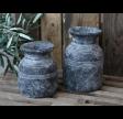 Rustik metz vase eller krukke i cement